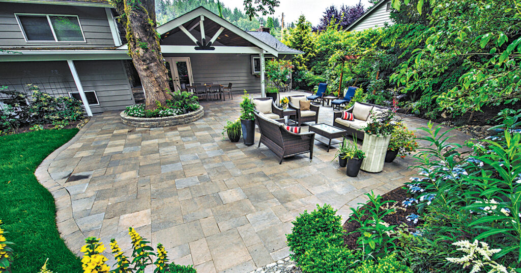 Paver Patio design & Installation contractor in New Jersey- Cutom Pool Pros